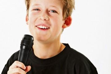 Fun-Key-Music-(Boy-Singing)